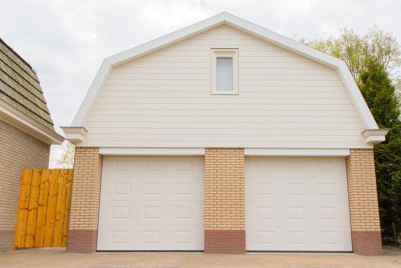 Insulating your garage door